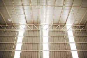 nave industrial terminada interior techo