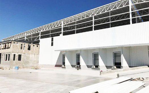 imagen de bodega industrial con fachada completa