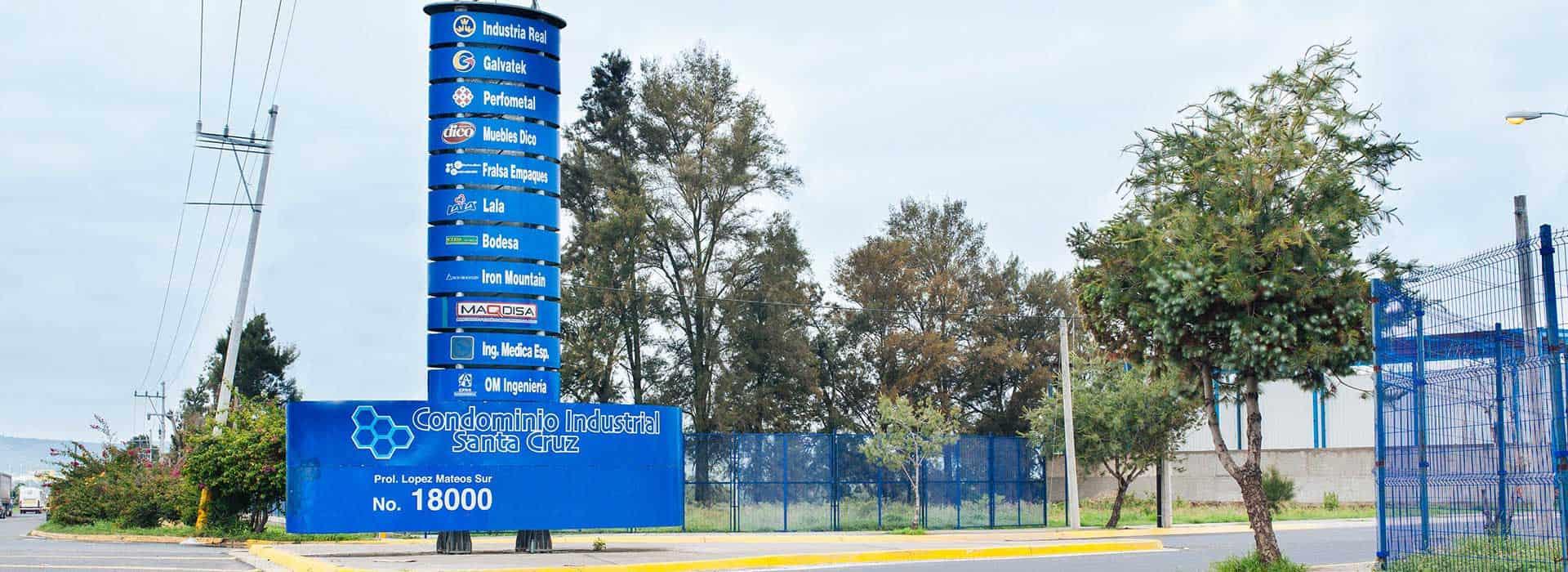 imagen de la fachada de parque industrial condominio industrial santa cruz