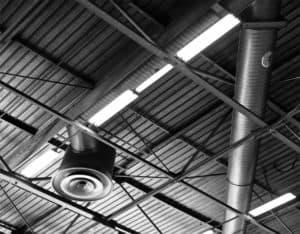 techado y aire acondicionado